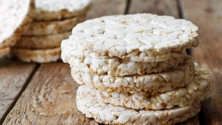 rice cakes on wooden table