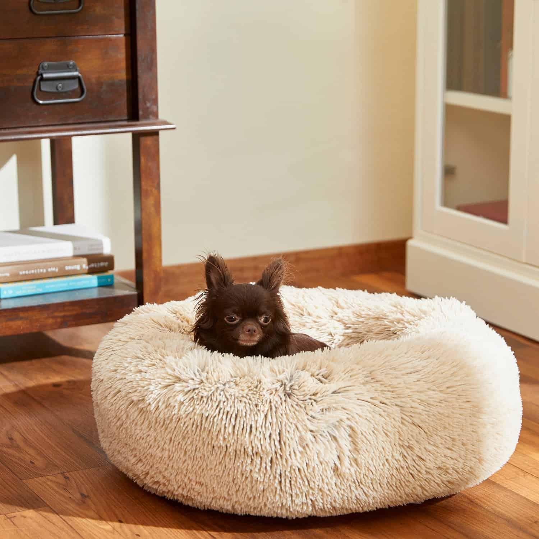 Frisco Eyelash Dog Bed